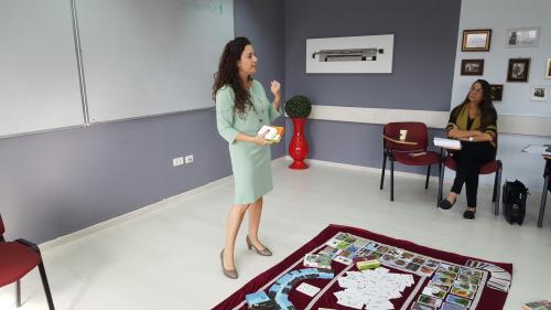 הילה גבאי - סדנת קלפים טיפוליים במכון פרסונה
