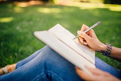 סדנאות כתיבה מרוכזות